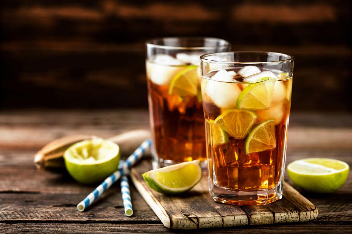 Bere bevande prive di zucchero è sempre salutare