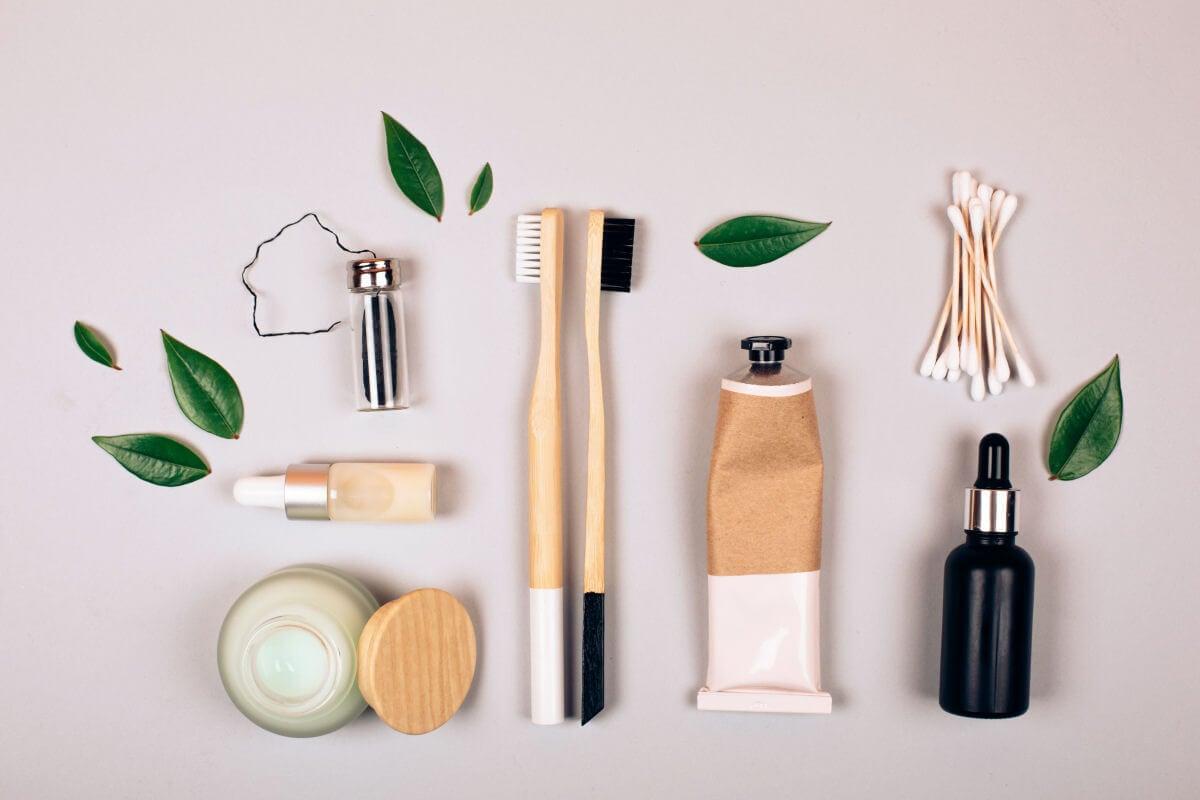 Quali altri accessori e accortezze dovresti usare con lo spazzolino di bambù